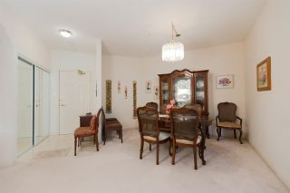 """Photo 3: 301 5262 OAKMOUNT Crescent in Burnaby: Oaklands Condo for sale in """"Sr. Andrews in the Oaklands"""" (Burnaby South)  : MLS®# R2271001"""