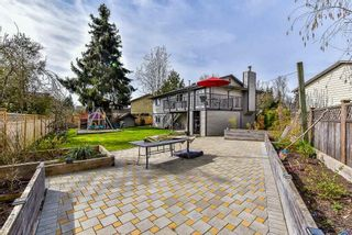 Photo 2: 26850 34 Avenue in Langley: Aldergrove Langley House for sale : MLS®# R2618373