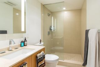 """Photo 6: 1005 1565 W 6TH Avenue in Vancouver: False Creek Condo for sale in """"6th & Fir"""" (Vancouver West)  : MLS®# R2598385"""