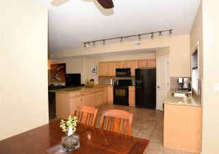 Photo 8: 9211 98 Avenue in Edmonton: Zone 18 Townhouse for sale : MLS®# E4237300