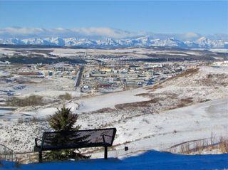 Photo 38: 206 GLENEAGLES View: Cochrane House for sale : MLS®# C4181281