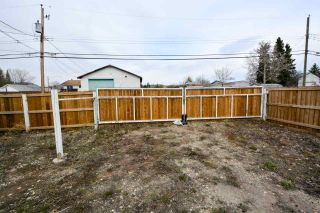 Photo 13: 10271 100A Street: Taylor Manufactured Home for sale (Fort St. John (Zone 60))  : MLS®# R2263686