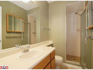 "Photo 7: 9524 209B Street in Langley: Walnut Grove House for sale in ""WALNUT GROVE"" : MLS®# F1118080"