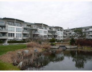 """Photo 1: 303 5800 ANDREWS Road in Richmond: Steveston South Condo for sale in """"THE VILLAS AT SOUTHCOVE"""" : MLS®# V737479"""