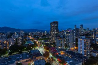 """Photo 6: 1901 1835 MORTON Avenue in Vancouver: West End VW Condo for sale in """"Ocean Towers"""" (Vancouver West)  : MLS®# R2580468"""