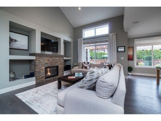 """Photo 5: 17282 1 Avenue in Surrey: Pacific Douglas House for sale in """"Summerfield"""" (South Surrey White Rock)  : MLS®# R2353615"""