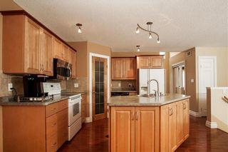 Photo 6: 70 Appelmans Bay in Winnipeg: Meadowood Residential for sale (2E)  : MLS®# 1930924