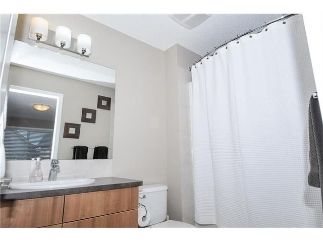 Photo 10: Photos: 30 CHAPARRAL VALLEY Common SE in Calgary: Chaparral House for sale : MLS®# C4109251