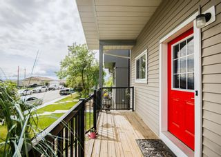 Photo 1: 2524 11 Avenue SE in Calgary: Albert Park/Radisson Heights Detached for sale : MLS®# A1118613