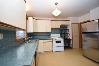 Photo 4: 831 Inkster Boulevard in Winnipeg: North End Residential for sale (4C)  : MLS®# 1831744