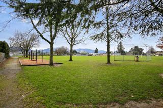 Photo 13: 46818 PORTAGE Avenue in Chilliwack: Chilliwack N Yale-Well House for sale : MLS®# R2423719