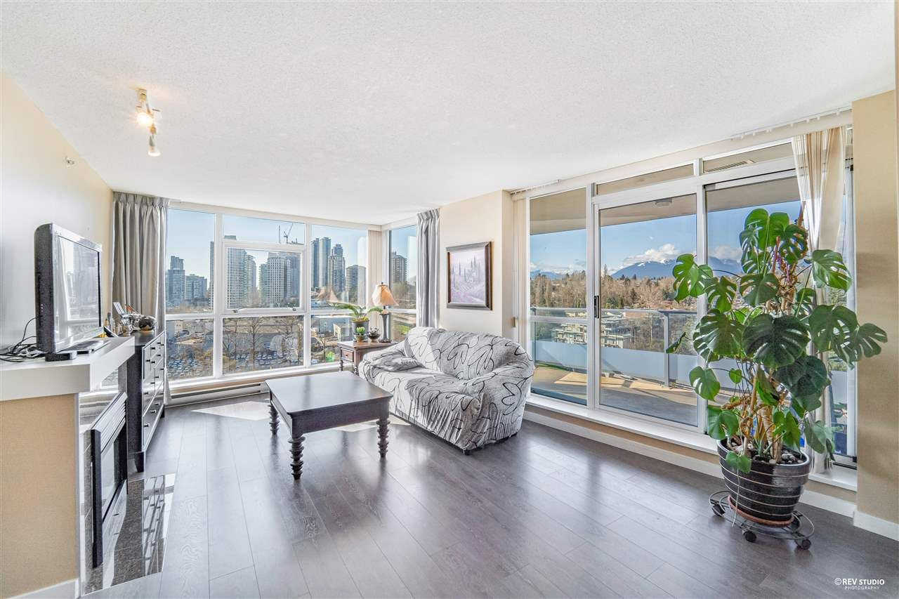 Main Photo: 1306 5611 GORING Street in Burnaby: Central BN Condo for sale (Burnaby North)  : MLS®# R2561135