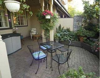 """Photo 2: 3 1620 BALSAM Street in Vancouver: Kitsilano Townhouse for sale in """"OLD KITS TOWNHOMES"""" (Vancouver West)  : MLS®# V668374"""
