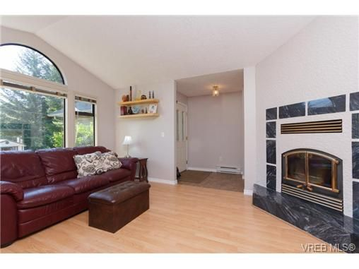 Photo 5: Photos: 2386 Terrace Rd in SHAWNIGAN LAKE: ML Shawnigan House for sale (Malahat & Area)  : MLS®# 677186