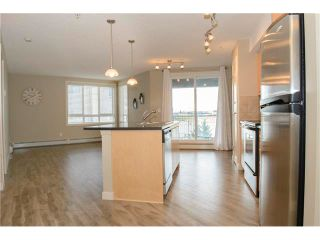 Photo 4: 206 120 COUNTRY VILLAGE Circle NE in Calgary: Country Hills Village Condo for sale : MLS®# C4028039