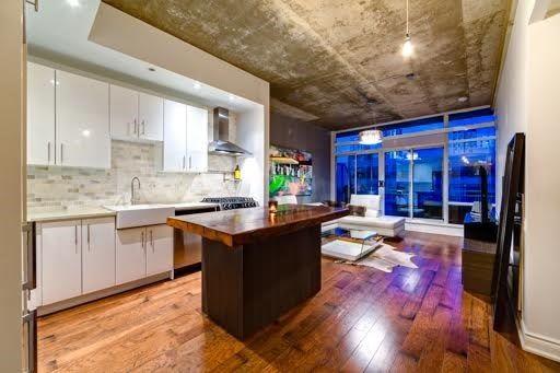 Main Photo: Ph803 66 Portland Street in Toronto: Waterfront Communities C1 Condo for sale (Toronto C01)  : MLS®# C3276792
