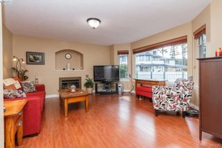 Photo 8: 2881 Young Pl in VICTORIA: La Glen Lake Half Duplex for sale (Langford)  : MLS®# 780150