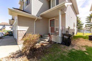 Photo 4: 7 115 CHESTERMERE Drive: Sherwood Park House Half Duplex for sale : MLS®# E4247928
