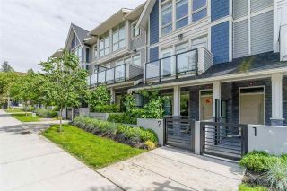"""Photo 2: 2 115 W QUEENS Road in North Vancouver: Upper Lonsdale Townhouse for sale in """"Queen's Landing"""" : MLS®# R2613989"""