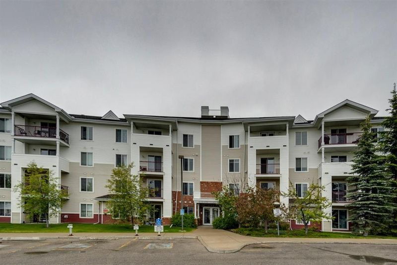 FEATURED LISTING: 304 - 9 Country Village Bay Northeast Calgary