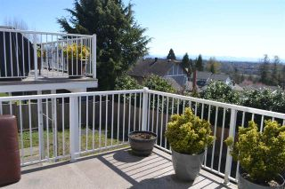 Photo 4: 455 CARIBOO Crescent in Coquitlam: Coquitlam East House for sale : MLS®# R2566684