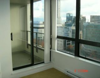 """Photo 7: 938 SMITHE Street in Vancouver: Downtown VW Condo for sale in """"ELECTRIC AVENUE"""" (Vancouver West)  : MLS®# V620546"""