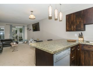 """Photo 7: 215 450 BROMLEY Street in Coquitlam: Coquitlam East Condo for sale in """"BROMLEY MANOR"""" : MLS®# R2030083"""