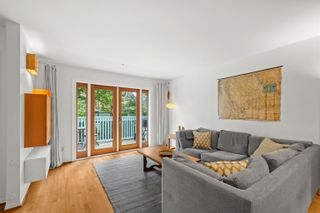 Photo 3: 3011 ONTARIO Street in Vancouver: Mount Pleasant VW Townhouse for sale (Vancouver West)  : MLS®# R2623138