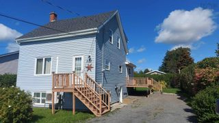 FEATURED LISTING: 522 College Road Windsor