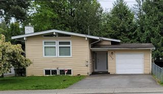Main Photo: 2868 OLD CLAYBURN Road in Abbotsford: Central Abbotsford House for sale : MLS®# R2578563
