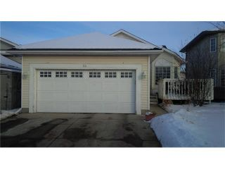 Photo 1: 23 APPLEFIELD Close SE in Calgary: Applewood Park House for sale : MLS®# C4043938
