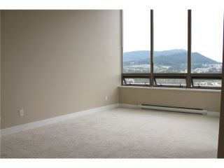 """Photo 7: 2303 3070 GUILDFORD Way in Coquitlam: North Coquitlam Condo for sale in """"LAKESIDE TERRACE"""" : MLS®# V1022601"""