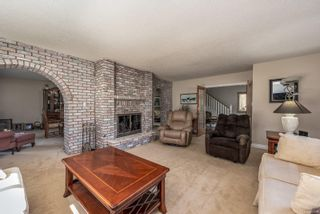 Photo 12: 3830 Laurel Dr in : CV Courtenay South House for sale (Comox Valley)  : MLS®# 854599