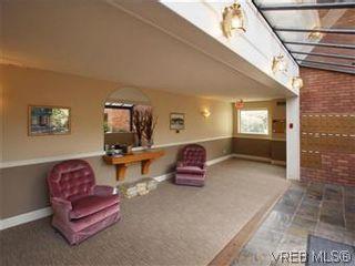 Photo 20: 103 3880 Quadra St in VICTORIA: SE Quadra Condo for sale (Saanich East)  : MLS®# 595060