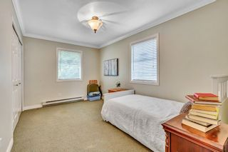 """Photo 24: 1887 AMBLE GREENE Drive in Surrey: Crescent Bch Ocean Pk. House for sale in """"Amble Greene"""" (South Surrey White Rock)  : MLS®# R2542872"""