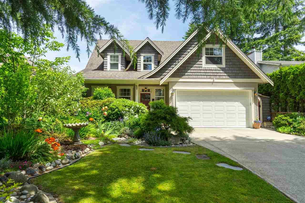 Main Photo: 2236 MADRONA Place in Surrey: King George Corridor House for sale (South Surrey White Rock)  : MLS®# R2382788