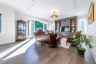Photo 9: 6397 CHARING Court in Burnaby: Buckingham Heights House for sale (Burnaby South)  : MLS®# R2618237