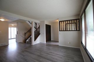 Photo 4: 38 EDGEDALE Court NW in Calgary: Edgemont Semi Detached for sale : MLS®# A1141906