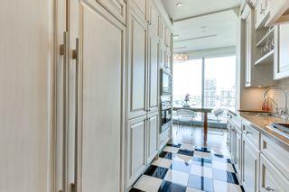 Photo 12: 2402 183 W Wellington Street in Toronto: Condo for lease (Toronto C01)  : MLS®# C3690976