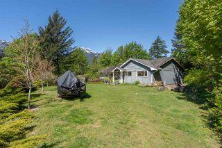 Photo 1: 2227 READ Crescent in Squamish: Garibaldi Estates House for sale : MLS®# R2570899