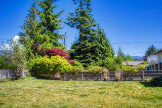Photo 18: 5808 MEDUSA Street in Sechelt: Sechelt District House for sale (Sunshine Coast)  : MLS®# R2372533