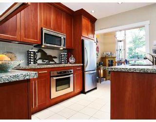 Photo 4: 106 4685 VALLEY Drive in Vancouver: Quilchena Condo for sale (Vancouver West)  : MLS®# V725288