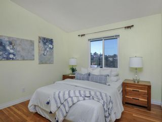 Photo 15: CLAIREMONT House for sale : 3 bedrooms : 3360 Mt. Laurence Drive in San Diego