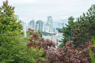 "Photo 14: 1451 W 7TH Avenue in Vancouver: Fairview VW Townhouse for sale in ""SIENNA @ PORTICO"" (Vancouver West)  : MLS®# R2107774"