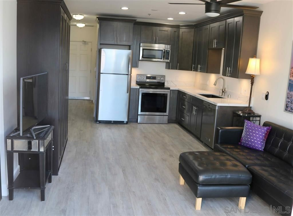 Main Photo: DOWNTOWN Condo for rent: 427 9Th Ave #1307 in San Diego