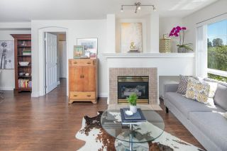 """Photo 3: 124 5600 ANDREWS Road in Richmond: Steveston South Condo for sale in """"LAGOONS"""" : MLS®# R2184932"""