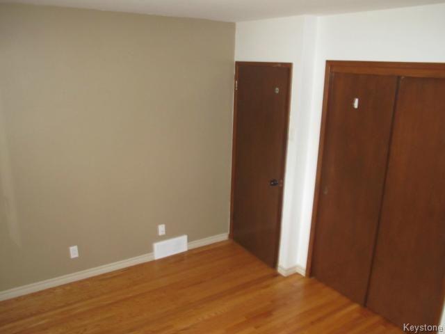 Photo 14: Photos:  in WINNIPEG: East Kildonan Residential for sale (North East Winnipeg)  : MLS®# 1414106