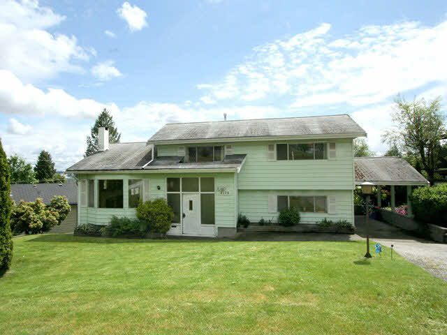 Main Photo: 2170 KAPTEY AVENUE in : Cape Horn House for sale : MLS®# V966050