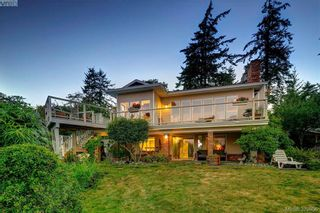 Photo 2: 5159 Sandgate Rd in Metchosin: Me William Head House for sale : MLS®# 379856