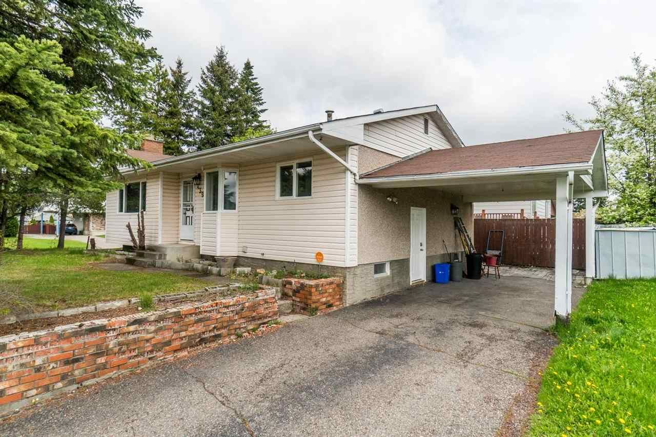 """Main Photo: 4398 EAGLENEST Crescent in Prince George: Foothills House for sale in """"Foothills"""" (PG City West (Zone 71))  : MLS®# R2582999"""